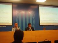 Josep Isern i Miquel Esquius presenten el dispositiu de trànsit // Foto: Joan Murcia