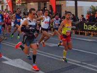 Els atletes participants a la Mitja Maratíó // Foto: Sergi Colomer