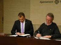 Signatura del Conveni de Col·laboració entre l'Ajuntament de Terrassa i la Creu Roja // Foto: Toni García