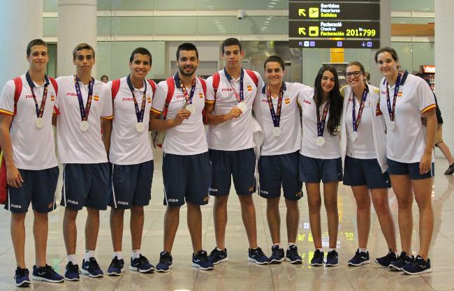 Nou waterpolistes del CN Terrassa seran premiats en la Gala 2015 de la Natació Espanyola