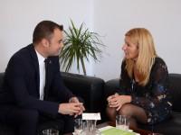 Reunió entre Jordi Ballart i Ana María Martínez // Imatge cedida per l'Ajunatment de Rubí