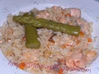 Arroz con salmón al aroma de eneldo // Imatge Hoy cocina Vivi