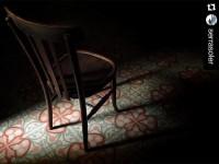 N'hi ha per llogar-hi cadires (@serrasoler)